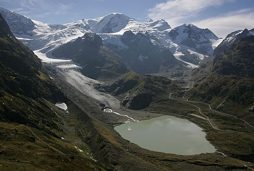 Stein Glacier and lake on Susten Pass.