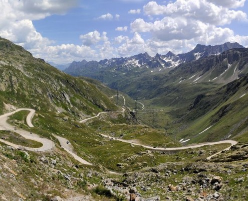 Nufenen Pass, alpine serpentines.