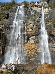 Wodospad Aquafraggia w Lombardii.