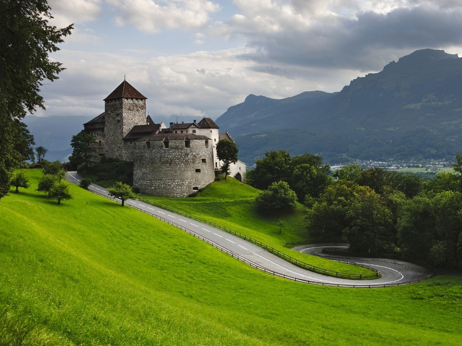 Zamek Księcia Liechtensteinu w Vaduz.
