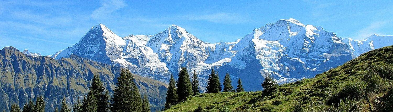 Panorama des Jungfrau Massivs.