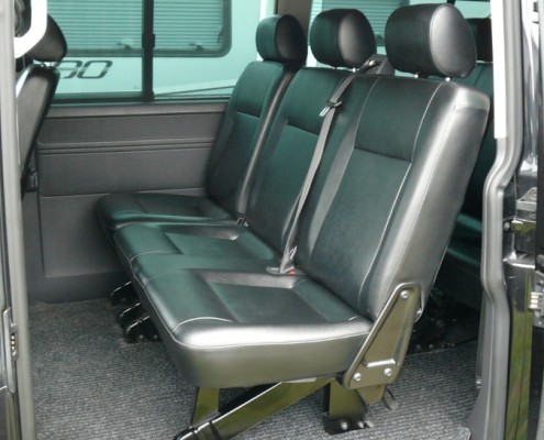 Bus VW T5 Caravelle (long version), leather seats, second row.